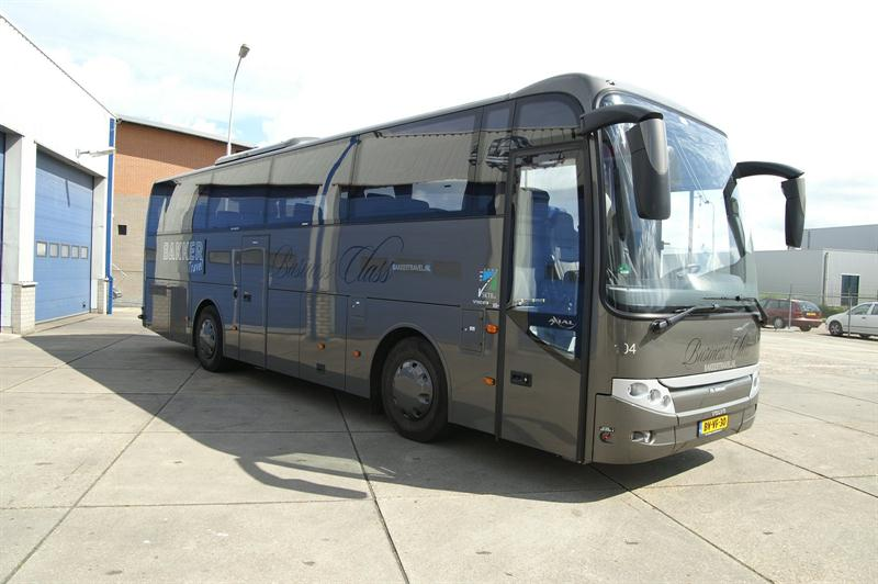 C17_VIP bus- Bakker travel.JPG